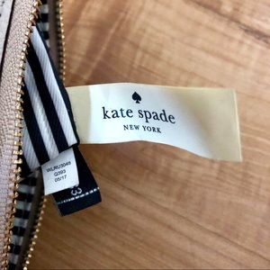 kate spade Bags - Kate Spade Cobble Hill Bee Leather Wristlet Clutch